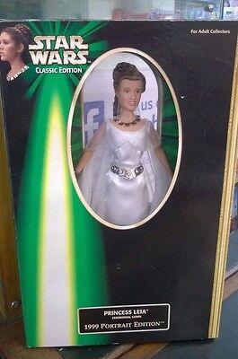 Star Wars 1999 Portrait 12 in Figur Prinzessin Leia Zeremoniell Ballkleid Carrie (Prinzessin In Star Wars)