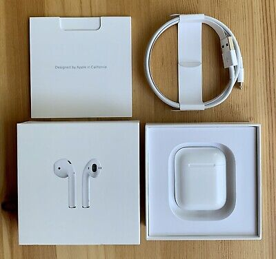 Apple AirPods 1st generation with charging case - White - A1523