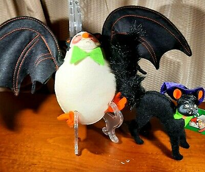 Vintage Annalee Hanging Halloween Bat 1991 & Scaredy Cat 75th Anniversary Lot
