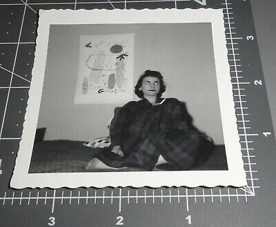 1950's MCM Modern Art POSTER Woman ROLLING EYES Critic Vintage Snapshot PHOTO - 1950's Women