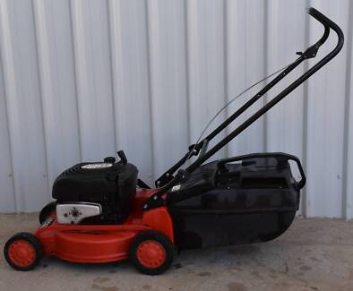 ROVER CHALLENGER PUSH MOWER - PRE OWNED Aldinga Beach Morphett Vale Area Preview