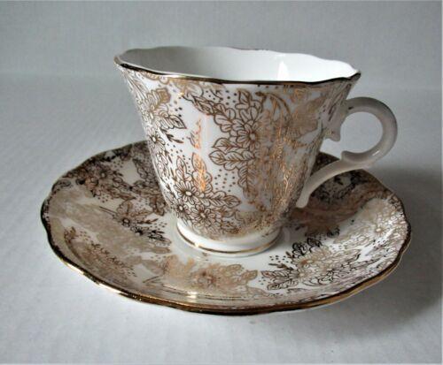 Colclough Bone China Tea Cup and Saucer Gold Gilding and Trim 1940
