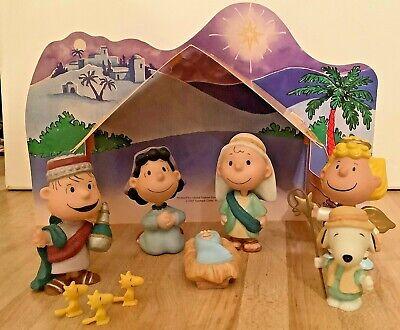 HALLMARK Peanuts Gallery Snoopy Christmas Nativity Figurine Set Complete 2001