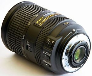 Nikon AF-S DX 18-300mm f/3.5-5.6G ED VR Lens-Excellent condition West Perth Perth City Area Preview