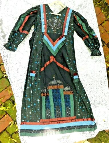 VINTAGE VERY ORNATE TRIBAL TYPE DRESS W CHRISTIAN  CHURCH APPLIQUE DESIGN MUST S