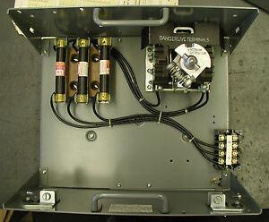 Cutler Hammer 9804 Unitrol Motor Control Center W Door 30 Amp Fusible Mcc
