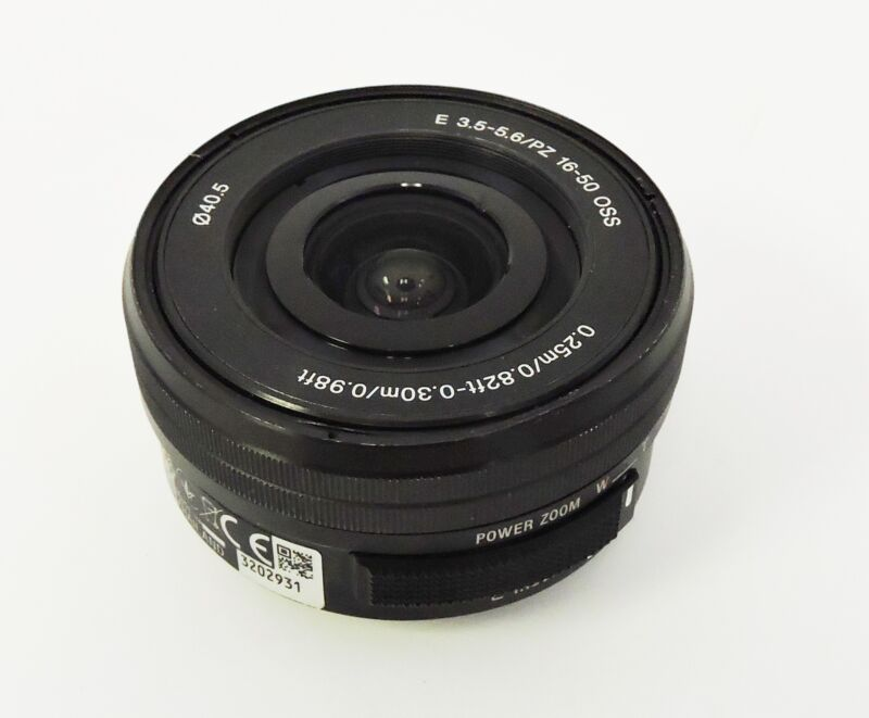 Sony SEL 16-50mm f/3.5-5.6 OSS Lens Black