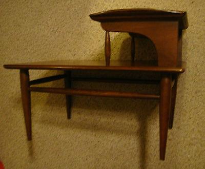 Vtg Danish Walnut Bassett Mid Century Modern Retro Step Lamp End Table Atomic NR