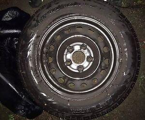 4 pneus monté pour l'été