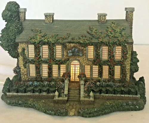 "2000 Thomas Kinkade Hawthorne Village ""Lamplight Inn"" 79986  Lighted Building"