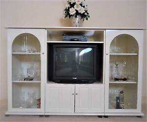 TV display unit – in excellent condition Narre Warren South Casey Area Preview