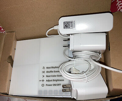 5 Nanoleaf Canvas Square White Light Panels & 3 White 24WF power supply Cords