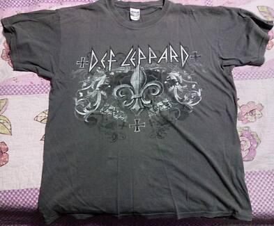 Def Leppard 2011 Australia tour t-shirt - large