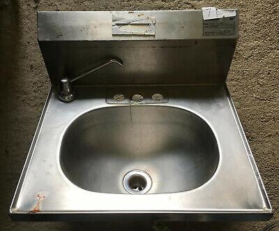 Eagle Stainless Steel Wall Mount Hand Sink 19 X 17 Yhsad-10-0037-00 Backsplash