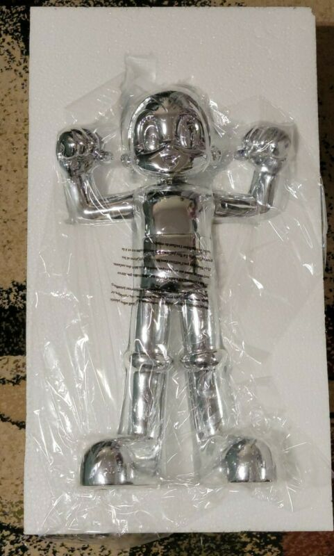 "BAIT x Astro Boy 18"" Resin Sculpture Monochrome (Mirror Silver) 1/200"