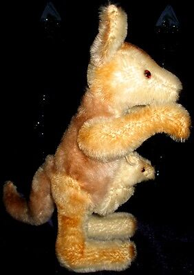 """Grisly - """"Kangaroo and Baby Roo"""" at 9.5"""" in height with Button"""