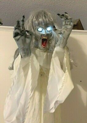 Gemmy FLOATING GHOST GIRL Spirit Halloween Decor Prop SCARY AS HELL Animated