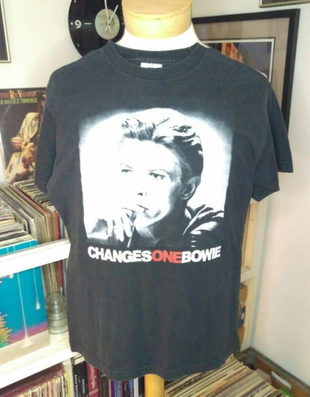 Vintage David Bowie medium T shirt Changes One 90s Hot Topic rare rock and roll