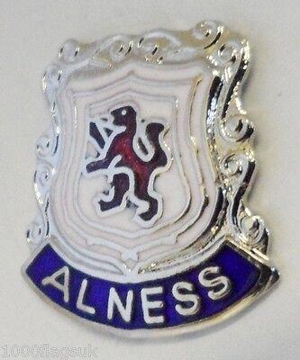 Alness Highlands Escocia Pequeño Ciudad Crest Pin Insignia (0051)