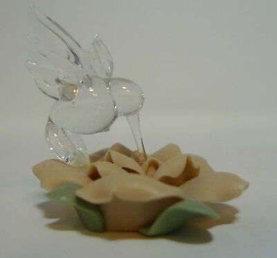 Vintage Glass Hummingbird Wings Poreclain Miniature Trinket Shadow Box  AS IS