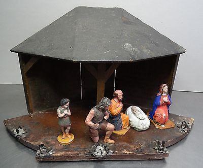 Antiker Erzgebirge Volkskunst Krippenstall Christi Geburt Krippe mit Figuren