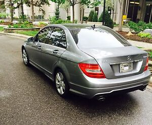 2012 mercedes-Benz C300,4MATIC,PAN ROOF, SENSORS,BACK UP CAM