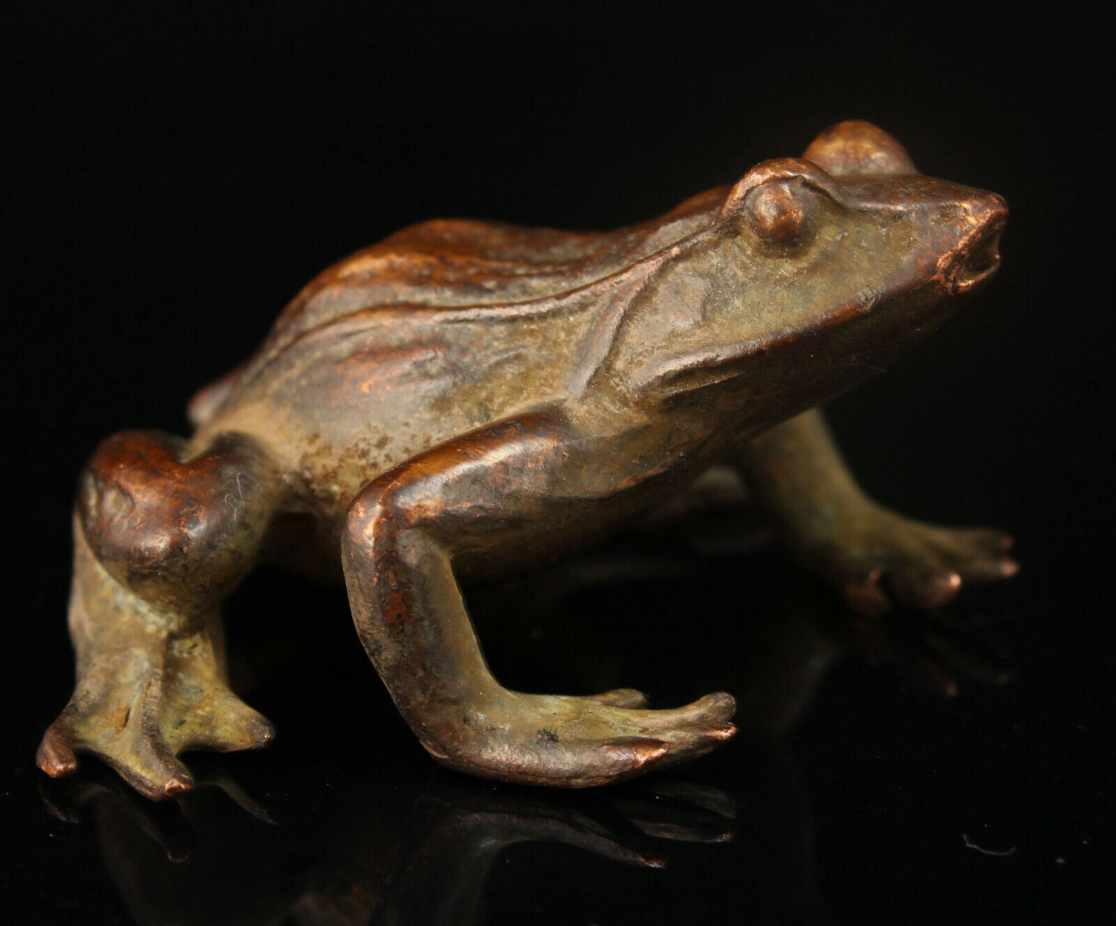 China Old Collectible Hand-carved Red Copper Frog Statue Ornament