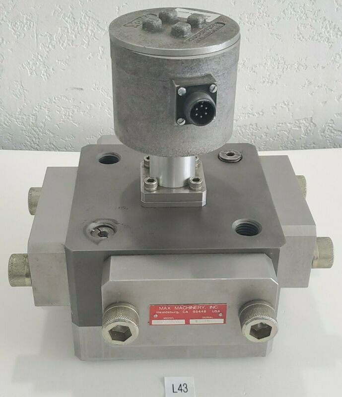 *PREOWNED* Max Machinery Piston Flow Meter 216-660 and Flow Transmitter 284-512