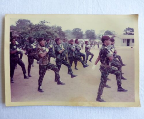 Portuguese special forces COMANDOS photo at the military parade in Africa