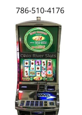 "Williams Bluebird 2 Slot Machine ""Wizard of Oz Ruby Slippers"""