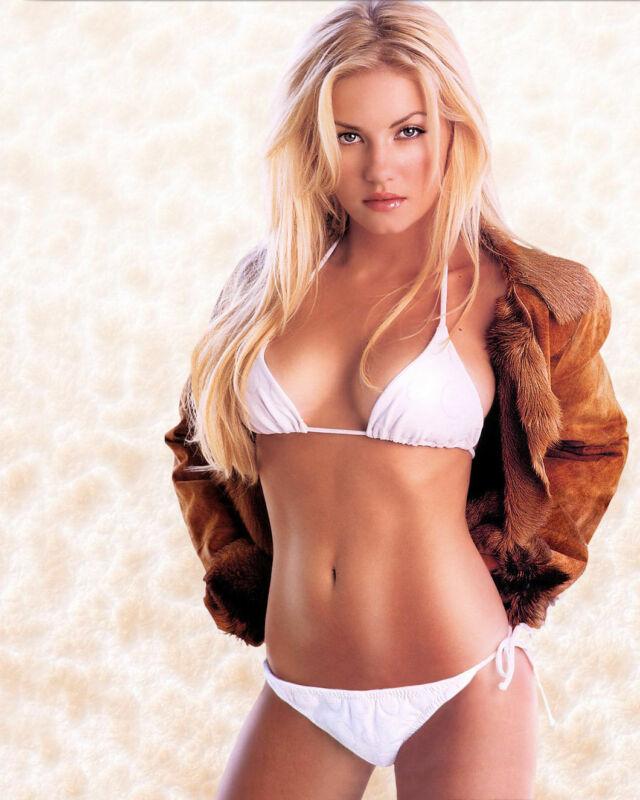Elisha Cuthbert Sexy Bikini 8x10 Picture Celebrity Print