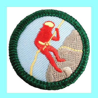 ADVENTURE SPORTS Junior Jade Girl Scout Badge Patch 2001 NEW, VOLUME (New Junior Girl)