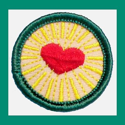 Discount Heart - HEALTHY RELATIONSHIPS Girl Scout Junior Jade BADGE Red Heart NEW VOLUME DISCOUNT