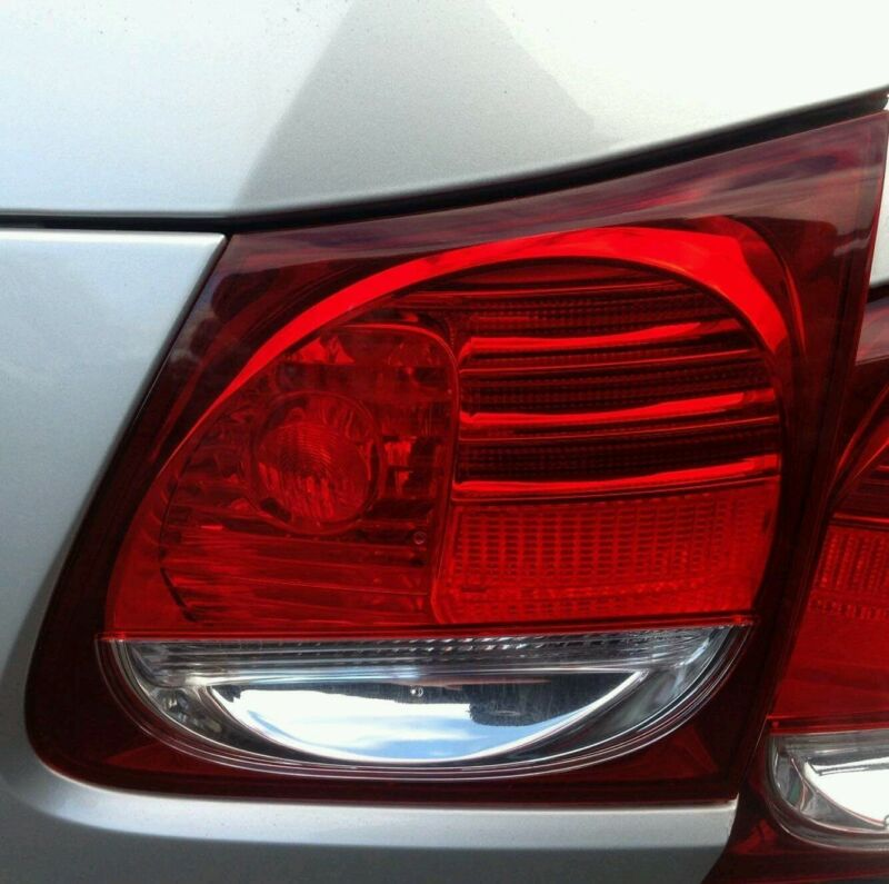 LEXUS GS GS300 DRIVER SIDE REAR TAIL LIGHT LAMP ONLY 2005-2009