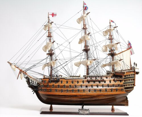 HMS Victory Mid Size EE Model Ship