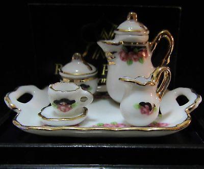 Plate Dessert Set 1.367//8 Reutter Black Rose Miniature DOLLHOUSE Teacup