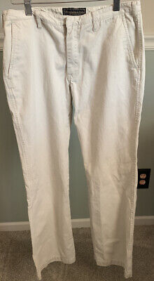 Womens ABERCROMBIE Khakis Pants Size 8 With 31 Inch Inseam.