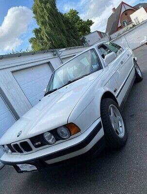 BMW 325i 2,5  4d