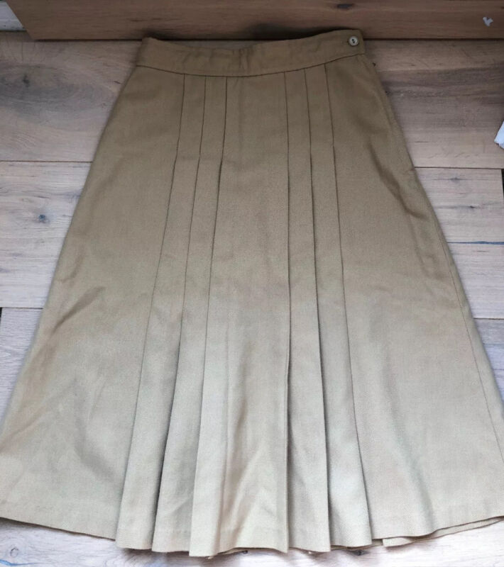 St Honore Little Saints Vintage 1975 Made In UK Girls Pleated Skirt Ivory Tan 34