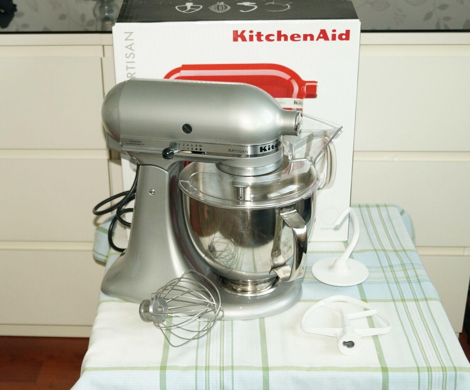 KitchenAid 5KSM150PSEMC Artisan Küchenmaschine Grau (4,8 Liter, 300 Watt)