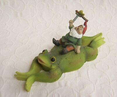 Frosch mit Gartenzwerg schwimmend Teich Garten Dekoration Geschenk Idee Art.C ()