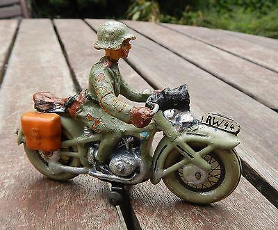 Motorrad mit Soldat HAUSSER ELASTOLIN ca. 1935 Blechspielzeug Militärspielzeug