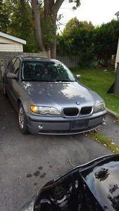 2004 BMW 320  LOW KMS!