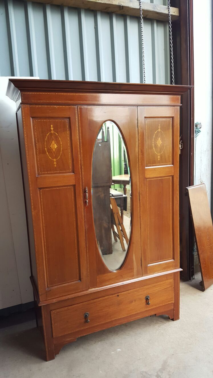 Edwardian Mahogany Inlaid Wardrobe