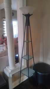 Mainstay beautiful lamp with ladder storage
