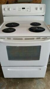 Kenmore Electric Stove, free delivery