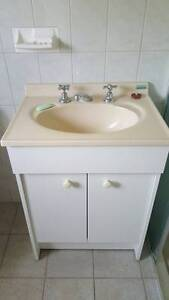 bathroom vanity unit very good condition Rostrevor Campbelltown Area Preview