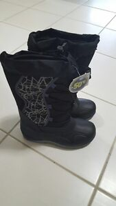 Brand New With Tags Size 3 Winter Boots