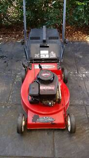 Rover Lawn Mower 4-Stroke Revesby Bankstown Area Preview