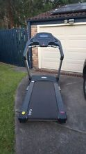 GYM QUALITY TREADMILL Bilgola Pittwater Area Preview